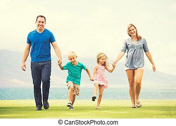 mimo, rodina, šťastný