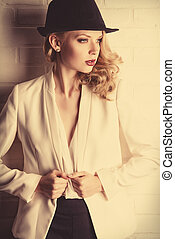 fashion model - Fashion shot of a glamorous blonde woman