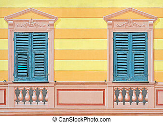Typical Ligurian trompe-l'oeil or paintery illusions -...