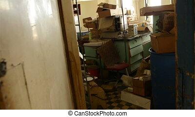 Dark Warehouse rooms with glider - Dark Warehouse rooms...