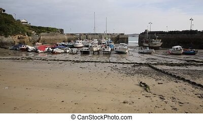 Newquay harbour beach Cornwall - Newquay harbour North...