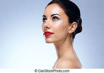 Retrato, jovem, atraente, mulher, azul, olhos, olhar, cima