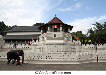 Temple of the tooth in Kandy, Sri Lanka