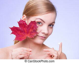 mulher, folha, jovem, rosto, vermelho, pele, cuidado,...