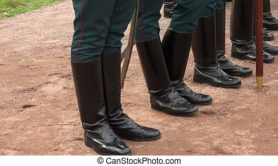Formation of soldiers Boots, rifle butts Real time