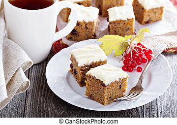 Pumpkin and carrot cake with cream cheese