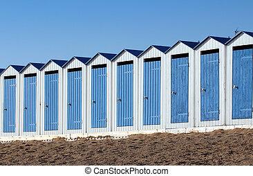 Beach cabins (Saint-Gilles-Croix-de - Blue and white beach...