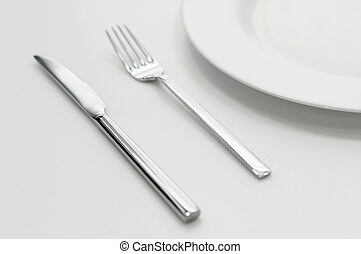 Place setting with plate, knife and fork