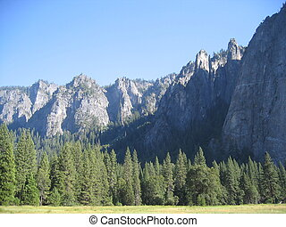 Cathedral Peaks, Yosemite National Park, California, USA