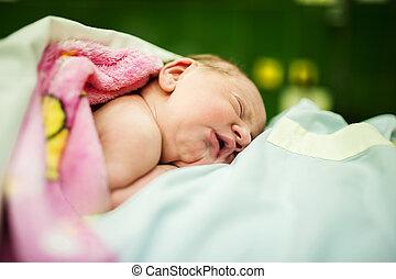 bebê, menina, Poucos, minutos, após, nascimento