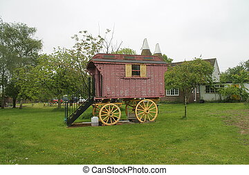 gypsy wooden caravan in a field - Gypsy caravan in field