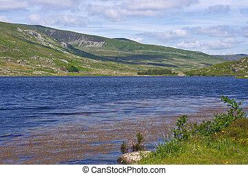 Llyn Ogwen Wales - Llyn Ogwen, Snowdonia, North Wales...