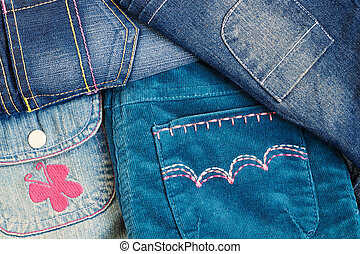 girl's clothes with pockets