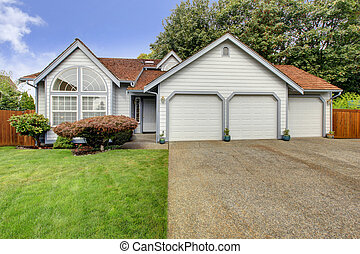 House with large arch window and three car garage - House...