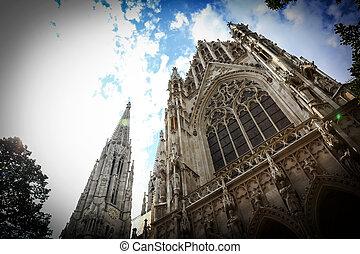 Votivkirche Votive Church in Vienna - View of Votivkirche...