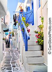 Beautiful streets of Greece - Beautiful whitewashed street...