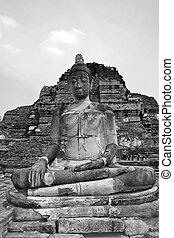 Buddha ruins in Ayutthaya near Bangkok, Thailand.