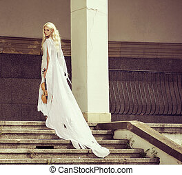 Blond woman with the violin - Blond woman with the old...