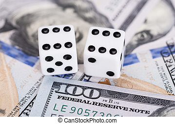 Dices on dollar currency