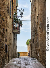 Narrow alley Pienza - Image of a narrow alley in Pienza,...