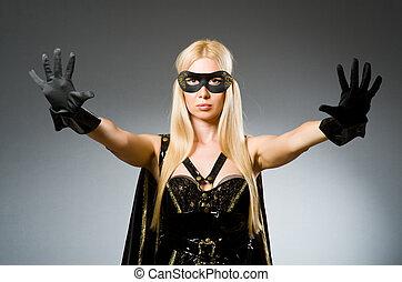mujer, Llevando, máscara, contra, Oscuridad, Plano de...
