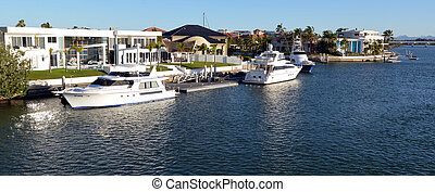 Sovereign Islands Gold Coast Queensland Australia - GOLD...