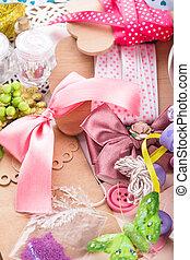 Scrap details - Scrapbooking craft materials and tools for...