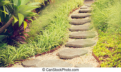 jardín, Trayectoria,