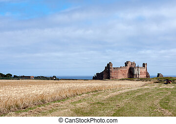 View of Tantallon Castle ruins near North Berwick