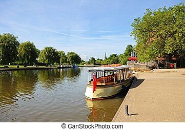 River view, Stratford-upon-Avon - View along the River Avon...