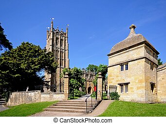 Church, Chipping Campden - St James church, Chipping...