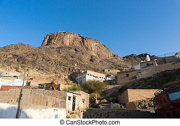 Jabal Nur (Nur Mountain) - Jabal Nur views from ground level