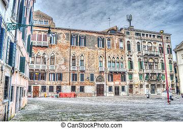 hdr square - Campo San Maurizio in hdr tone