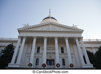 Sacramento State Capitol building on a sunny Sunday morning.