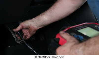 Automotive Electronic Diagnosis - Car reparation and test...
