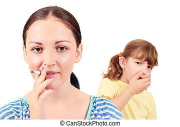 niña, Fumar, Cigarrillo, y, poco, niña, toses,...