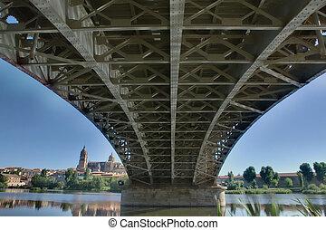 Under the Bridge Sanchez Fabres in Salamanca over Tormes...