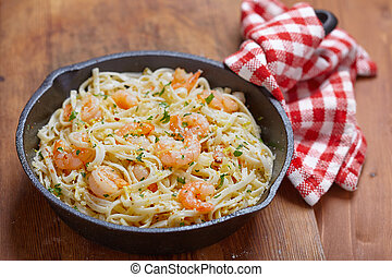 Shrimp Scampi - Pasta with Shrimp Scampi in a pan