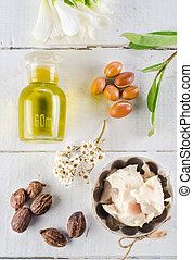 Argan and shea nut - Argan fruits and oil, whit shea nuts...