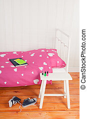 Girls room - Girls bedroom with pink bed