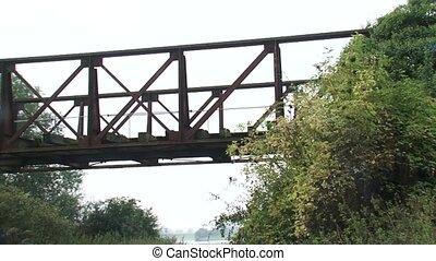 truss bridge - pan brick column - Remains of the truss...
