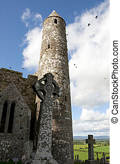 historic rock of Cashel ruins - the historic rock of Cashel...