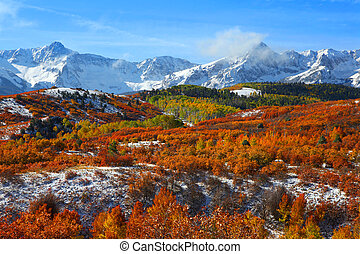 Dallas divide - Beautiful autumn landscape at Dallas divide