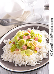 leek cooked with bacon and rice