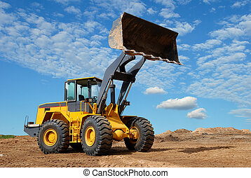 wheel loader bulldozer in sandpit - wheel loader bulldozer...