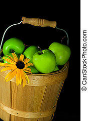 Granny Susan - Black-eyed susan with granny smith apples in...
