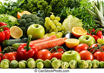 Assorted raw organic vegetables - Composition with assorted...