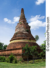 Old temple ruin in Ayuttaya, Thailand - Old temple ruin on...