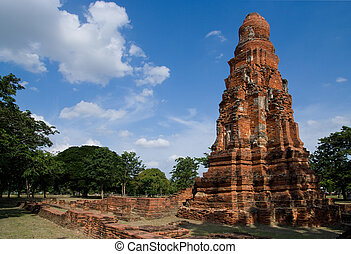 Temple ruin in Ayuttaya, Thailand - Ancient temple ruin in a...