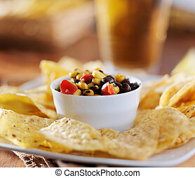 mexican fire roasted corn black bean salsa with tortilla chips